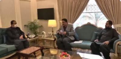 وزیراعلیٰ پنجاب سردار عثمان بزدار سے مسلم لیگ (ن) کے رکن صوبائی اسمبلی فیصل خان نیازی کی ملاقات