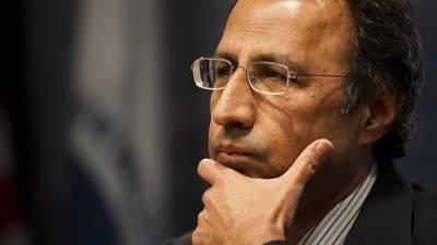 حفیظ شیخ نے سینیٹ انتخابات کے لیے تعاون مانگ لیا