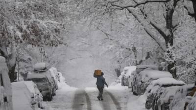 نیویارک میں برفانی طوفان کی تباکاریاں،10 لاکھ افراد پانی اور بجلی سے محروم