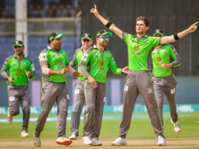 پی ایس ایل 6: لاہورقلندرز نے اپنے پہلے میچ میں زلمی کو شکست دے دی
