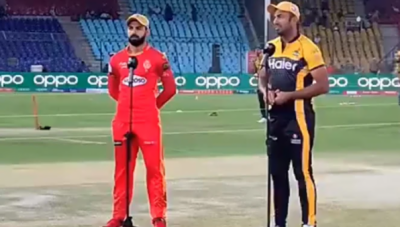 پشاور زلمی کا اسلام آباد یونائیٹڈ کے خلاف ٹاس جیت کر بولنگ کا فیصلہ