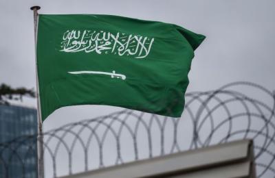 سعودی عرب کا کورونا پابندیوں میں توسیع نہ کرنے کا اعلان,ریسٹورنٹس اور سینما گھر کل سے کھول دیے جائیں گے