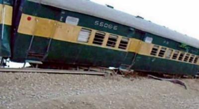 کراچی ایکسپریس شدید حادثے کے باعث متعدد ٹرینوں کا شیڈول متاثر