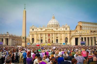 دنیا بھر میں ایسٹر تقریبات جاری، پوپ فرانسس کا امید کا دامن نہ چھوڑنے کا پیغام