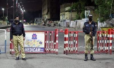 سندھ پولیس کے افسران اور اہلکاروں کو بھی کورونا ویکسین لگانے کا فیصلہ