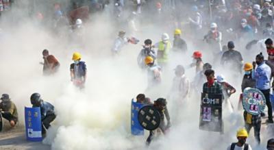 میانمار: سکیورٹی فورسز کے کریک ڈاؤن میں 80 مظاہرین ہلاک