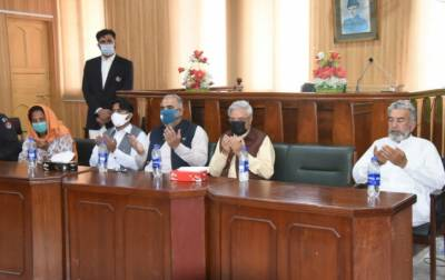 اسپیکر قومی اسمبلی نے صوابی میں الیکٹرانک اینڈ پرنٹ میڈیا ایسوسی ایشن کی تقریب حلف برداری میں شرکت کی
