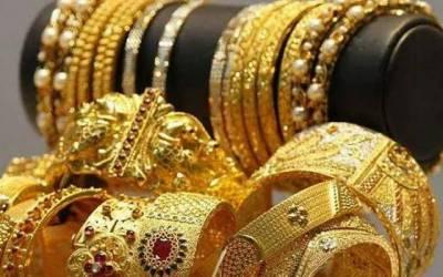 فی تولہ سونے کی قیمت ایک لاکھ روپے کے قریب پہنچ گئی-