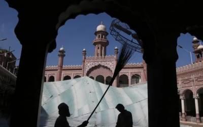 انتہاپسندہندو سرکار کا کورونا کی آڑمیں مساجد بندکرنے کا اعلان