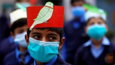 بھارت میں کورونا وباء کنٹرول سے باہر، دسویں کلاس کے امتحانات منسوخ