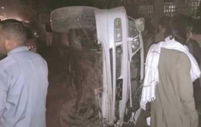 گوجر خان: تیز رفتار جیپ کی گاڑی کو ٹکر، دو بچیوں سمیت 4 افراد جاں بحق