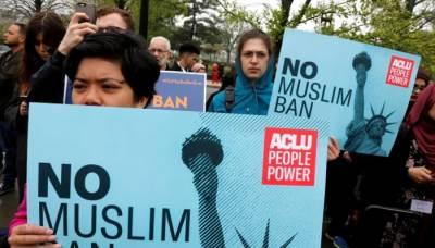 امریکی صدر کو مسلمانوں پر مزید پابندیاں عائد کرنے سے روکنے کا بل منظور