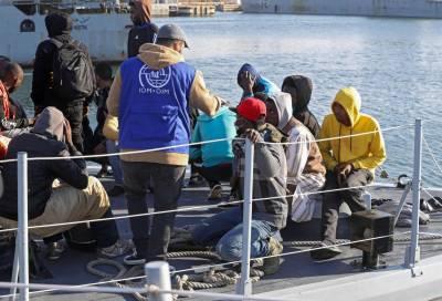 لیبیا کے ساحل کے قریب 236 تارکین وطن کو سمندر سے ریسکیو کر لیا گیا