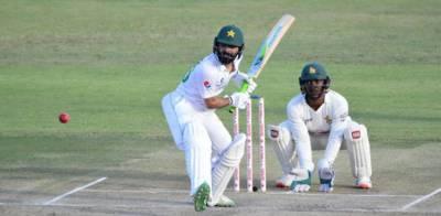 ہرارے ٹیسٹ: پاکستان زیادہ رنز کی برتری کا خواہاں، نظریں فواد عالم پر مرکوز