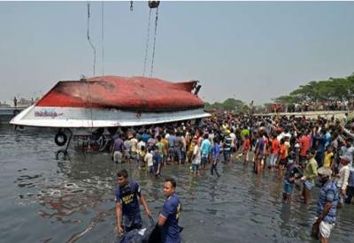 بنگلا دیش میں دو کشتیاں آپس میں ٹکرا گئیں، 26افراد ہلاک
