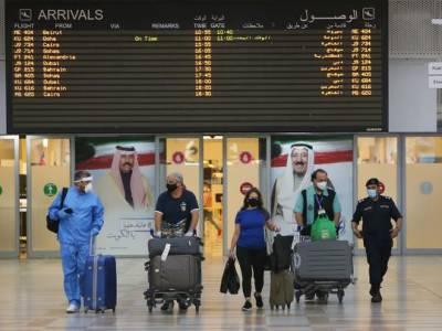 ویکسین نہ لگوانے والے شہریوں پر بیرون ملک سفر پر پابندی عائد