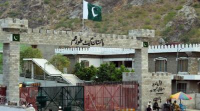 طورخم سرحدی گزرگاہ پر افغان شہریوں کے پاکستان میں داخلے پر پابندی عائد کردی گئی