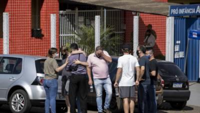 چاقو بردار نوجوان کا حملہ، 3 بچوں سمیت 5 افراد ہلاک