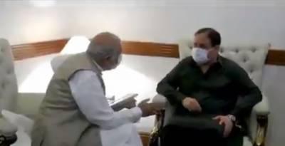 وزیراعلیٰ پنجاب سردار عثمان بزدار سے صوبائی وزراء اوراراکین قومی و صوبائی اسمبلی کی ملاقات