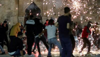 مسجداقصیٰ میں اسرائیلی پولیس کاطاقت کا وحشیانہ استعمال ، 200 سے زائد نہتے فلسطینی زخمی