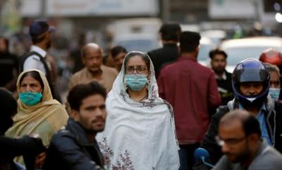 گزشتہ چوبیس گھنٹے کے دوران ملک میں چھہتر افراد جاں بحق , 2 ہزار 379 افراد میں کورونا وائرس کی تشخیص