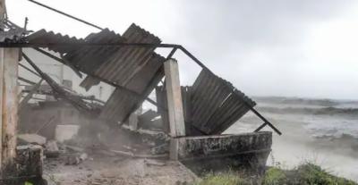 بھارت:سمندری طوفان تاکوتائے کرناٹکا،گوااورگجرات کے صوبوں سے ٹکرانے سے 60 افرادہلاک