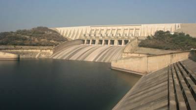ملک میں پانی کا بحران سنگین ہوگیا، صوبوں کو 25 سے 30 فیصد تک پانی کی کمی کا سامنا
