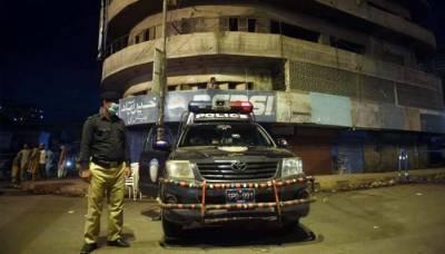سندھ: رات 8 بجے کے بعد شہریوں کو غیر ضروری باہر گھومنے کی اجازت نہ دینے کا فیصلہ