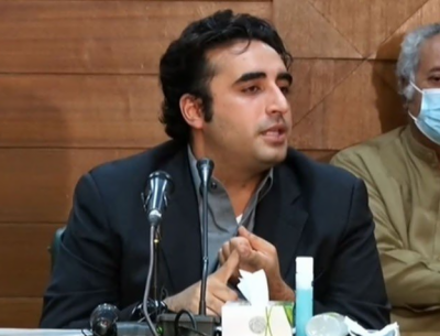 عمران خان نے پاکستان کے فیصلے قرض دینے والے ملکوں کو سونپ دیے: بلاول بھٹو زرداری