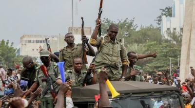 افریقی ملک مالی میں فوج نے اقتدار پر قبضہ کر لیا