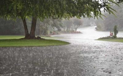 ملک کے بیشتر اضلاع میں موسم گرم اور خشک, اسلام آباد ، راولپنڈی میں کالی گھٹاؤں کے ساتھ تیز بارش