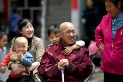 چین میں تین بچے پیدا کرنے کی اجازت