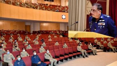 پاکستان کی سلامتی کو درپیش کسی بھی چیلنج کا جواب دینے کے لئے ہمہ وقت تیار ہے: سربراہ پاک فضائیہ