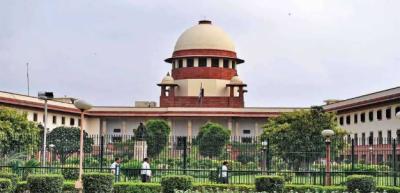 بھارتی سپریم کورٹ نے حکومت کی ویکسی نیشن پالیسی کو غیر قانونی اور غیر حقیقی قرار دے دیا