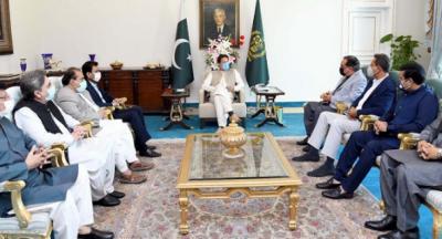 وزیراعظم سے ایم کیو ایم وفد کی ملاقات، آئندہ بجٹ میں کراچی کی ترقیاتی ضروریات پر غورکیاجائے گا: عمران خان
