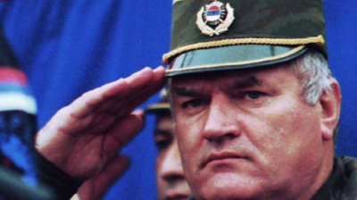 بوسنیا میں ہزاروں مسلم مردوں کے قاتل سرب کمانڈر راٹکو ملاڈچ کے جنگی جرائم کے مقدمے کا فیصلہ منگل 8 جون کو سنایا جائے گا