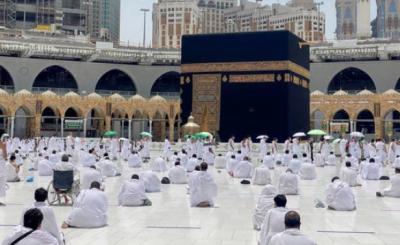 رواں سال کورونا کے باعث صرف سعودی شہری و رہائشی ہی حج ادا کرسکیں گے