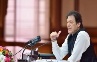 پاکستان کی معیشت نہ صرف استحکام بلکہ ترقی کی جانب گامزن ہے, موجودہ بجٹ ترقی کا بجٹ ہے : وزیراعظم عمران خان