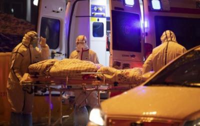 بھارت میں کورونا صورتحال بدستور سنگین،ایک دن میں 3900سے زائد ہلاکتیں