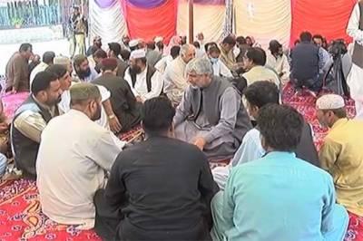 بلوچستان اسمبلی میں اپوزیشن جماعتوں کی اپیل پر قلات میں احتجاج، شاہراہیں بلاک