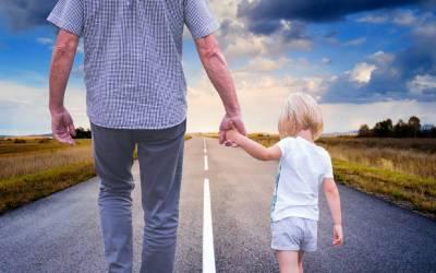 دنیا بھر میں باپ سے محبت کا عالمی دن آج منایا جارہا ہے