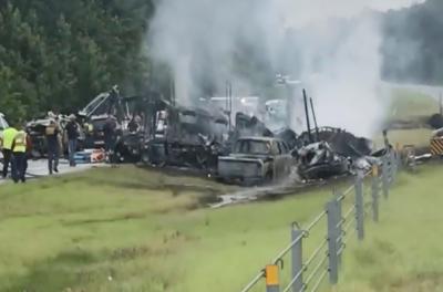 امریکی ریاست الاباما میں ٹریفک حادثہ, دس افراد ہلاک ا و ر متعدد زخمی