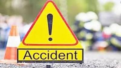 ٹرک اور ٹریکٹرٹرالی میں خوفناک تصادم ، 2 افراد جاں بحق