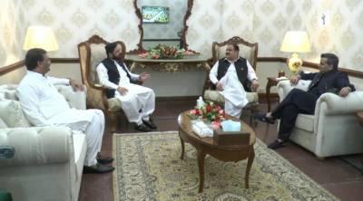 وزیراعلیٰ پنجاب سردارعثمان بزدار سے صوبائی وزیرمراد راس،اراکین صوبائی ا سمبلی سمیع اللہ چودھری اور اسد کھوکھر کی ملاقات