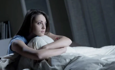 رات میں دیر سے سونے والوں کیلئے بری خبر, نقصانات کہیں زیادہ