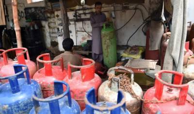 غیر قانونی گیس سلنڈر دکانوں کیخلاف کریک ڈاؤن کرنے کے مطالبے کی قرارداد پنجاب اسمبلی میں جمع