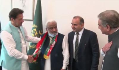 سابق وزیر اعلیٰ سندھ ارباب غلام رحیم کی پی ٹی آئی میں شمولیت