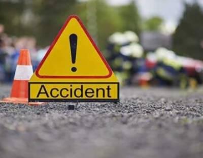 پنڈی بھٹیاں:خوفناک ٹریفک حادثے میں 4 افراد جاں بحق