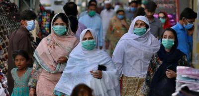 کرونا وائرس: نئے کیسز کی یومیہ تعداد ایک بار پھر ہزار سے تجاوز کر گئی