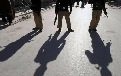 کراچی میں مبینہ پولیس مقابلہ، 2 ڈاکو ہلاک، ایک ز خمی حلات میں گرفتار